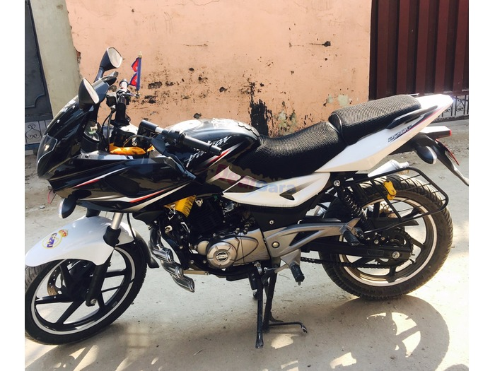Fresh pulsar 220 on sale black and white [Price Rs. 2 ...
