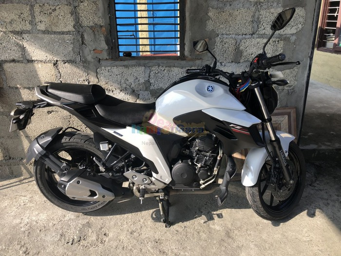 Fz 250 91 lot on sell or exchange