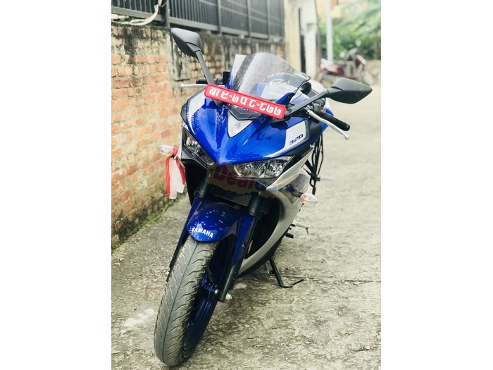 Yamaha R3 (Feel the new feeling with this beast)