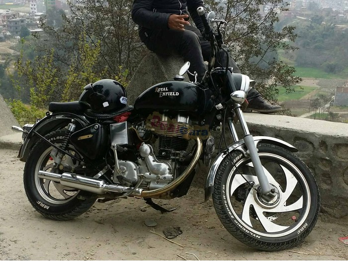 Fully Modified Royal Enfield Bullet Electra Twinspark On
