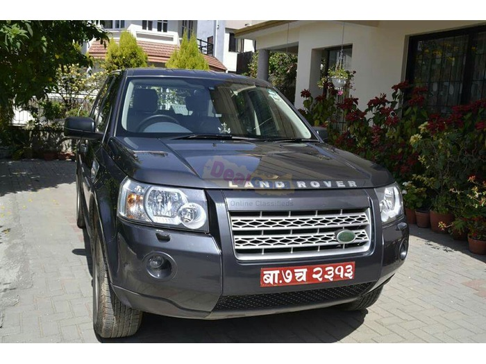 Land Rover Freelander 2 S Td4 [Price Rs. 80,00,000